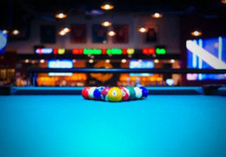 Sell a pool table in Zionsville, Indiana